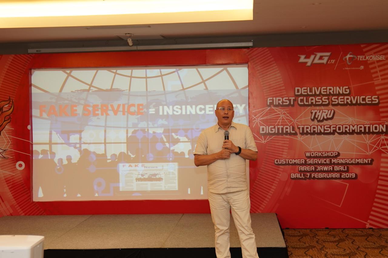 Hospitality Consultant Indonesia in Bali Jeffrey Wibisono V. namakubrandku Telu Learning Consulting Writer Copywriter