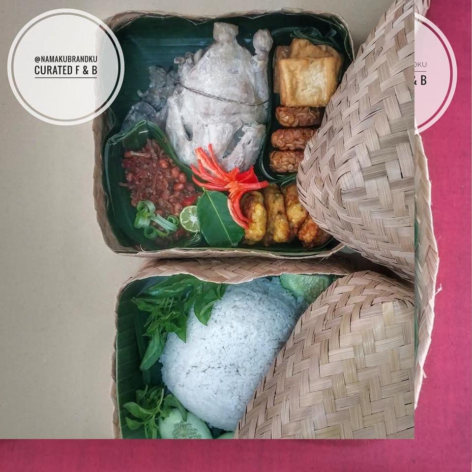 Ayam Ingkung Solo sajian kenduri tersedia di Denpasar Bali